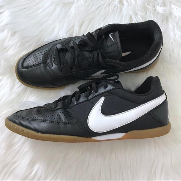 a432ac0b472 Nike Shoes